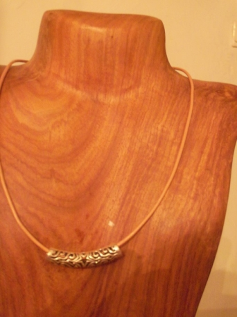 collier  	BC027